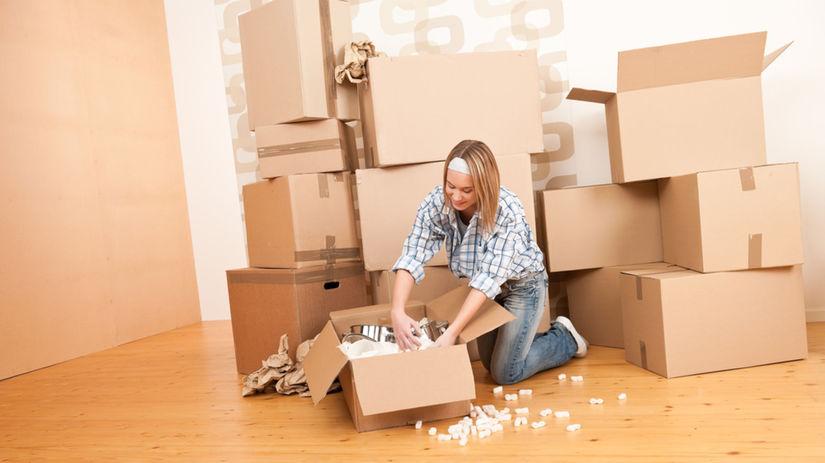 bývanie, žena, sťahovanie