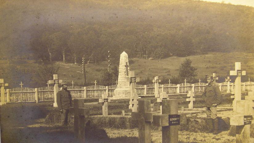 cintorín, medzilaborce, vojna, pomník
