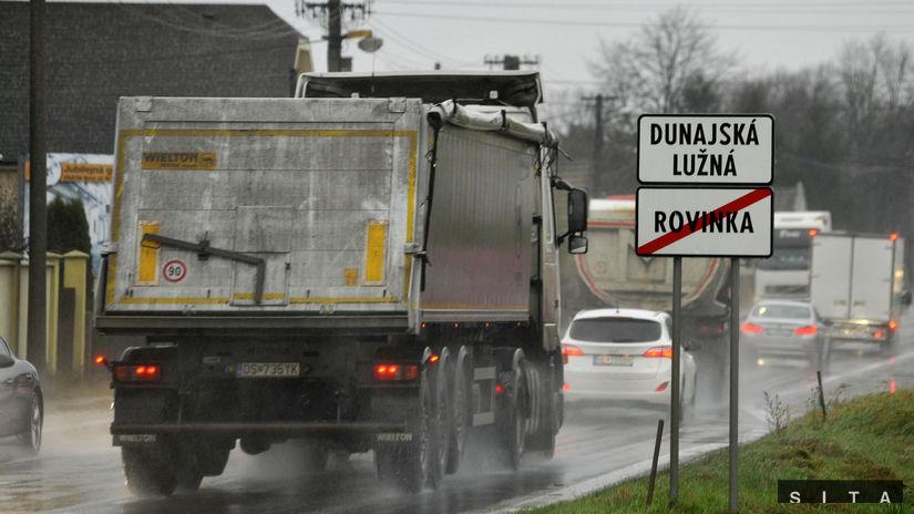 Dunajská Lužná, protest, blokáda, doprava,...
