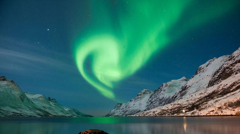 polárna žiara, norsko, fjord,