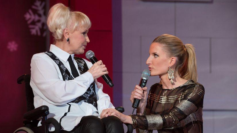 Marika Gombitová a Adela Banášová počas...