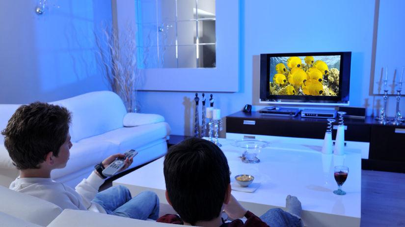 obrazovka, televízor, televízia, rodina,...