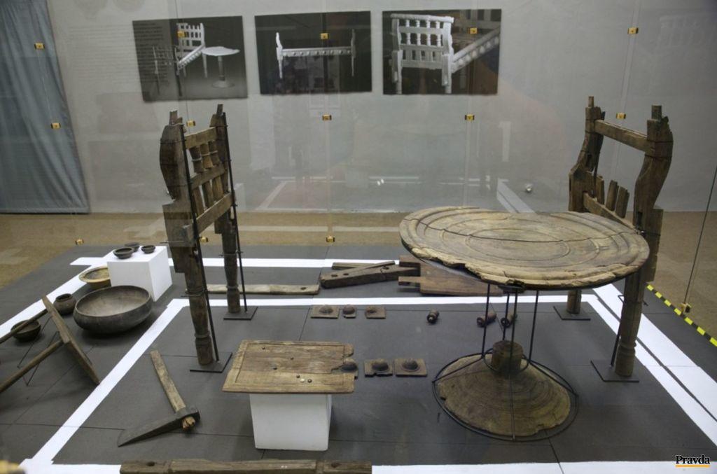 Časť zakonzervovaných predmetov vystavovalo Podtatranskémúzeum do septembra tohto roka. Kedy a kde bude pokračovať výstava, zatiaľnie je známe.