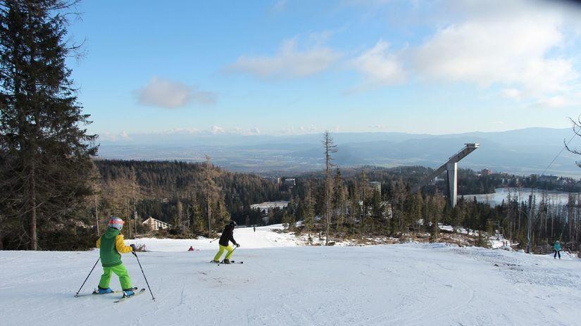 lyže, lyžovačka, lyžiari, Tatry, Štrbské Pleso,