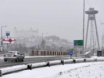 Bratislava, doprava, sneh, sneženie