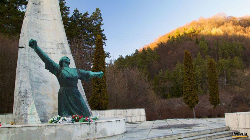 nemecká, pamätník, socha, ráztocká dolina