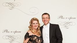 Bývalý minister financií Ivan Mikloš s manželkou.