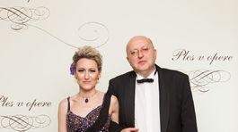 Divadelný režisér Roman Polák so svojou partnerkou.