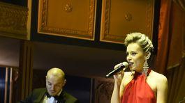 Speváčka a herečka Mirka Partlová.