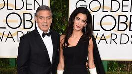 Amal Clooney si obliekla model z archívu značky Dior