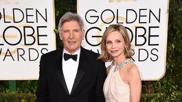 Herec Harrison Ford prišiel s manželkou Calistou Flockhart.