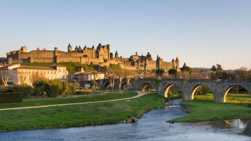 hrad, carcassonne, francúzsko,