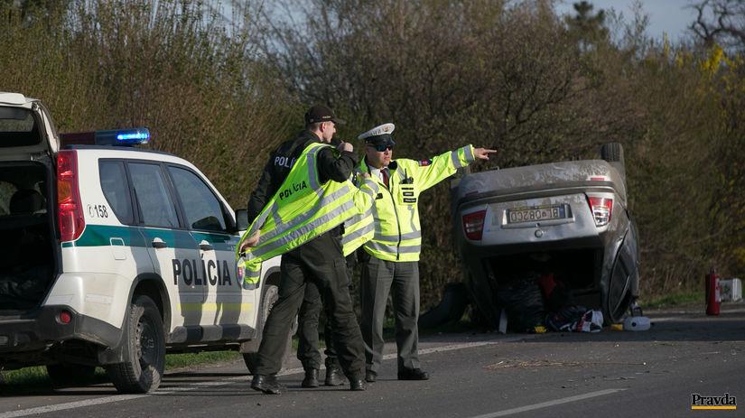 havária, nehoda, polícia, policajt, dopravná...