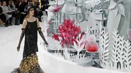 FRANCE-FASHIONChanel Couture - jar-leto 2015 - Paríž