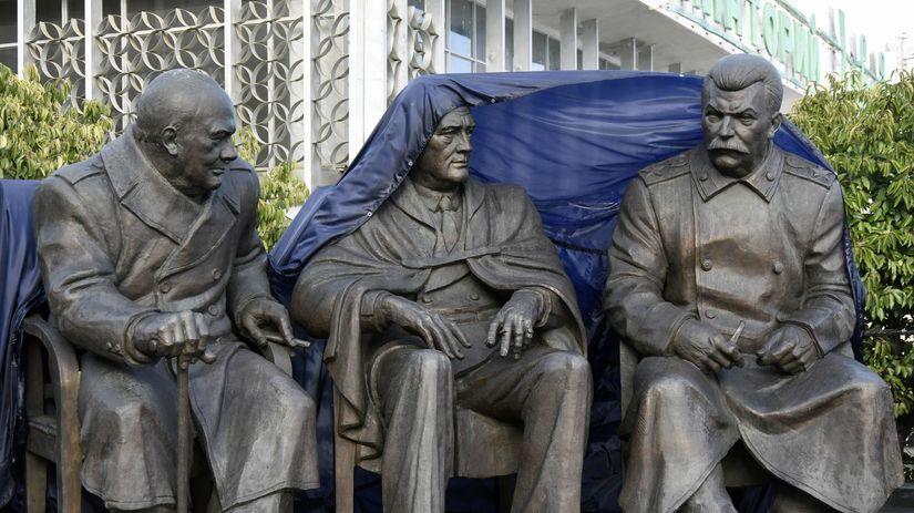 Krym, Jalta, súsošie, sochy, odhalenie, Josif...