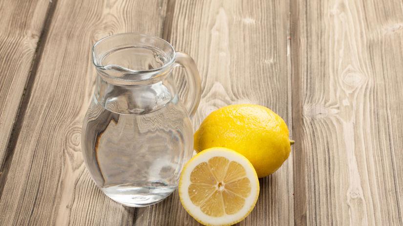 voda s citrónom, citrónová voda