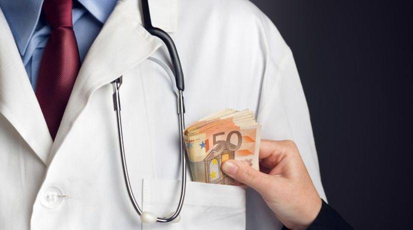 úplatok, korupcia, zdravotníctvo, lekár
