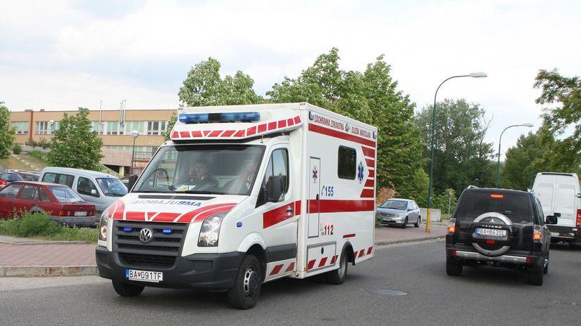 sanitka , antolská , zachranná služba