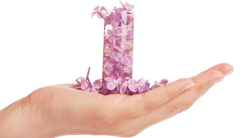 jar - vôňa - voňavky s jarnými kvetinami