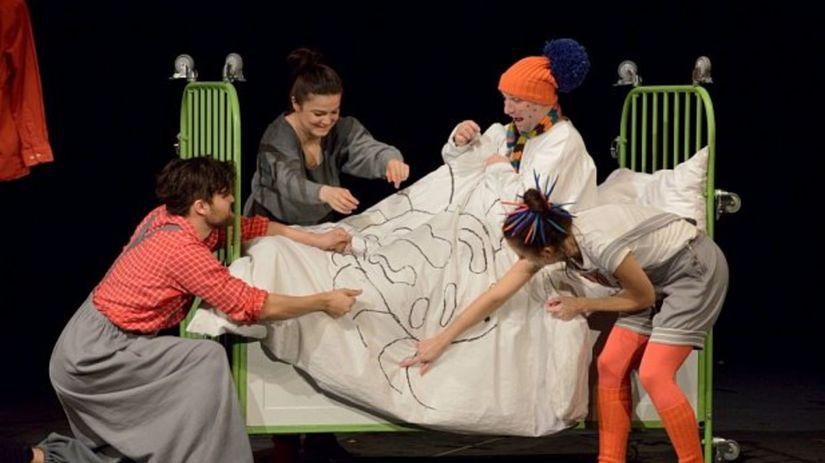 Prstom na mape, bábkové divadlo