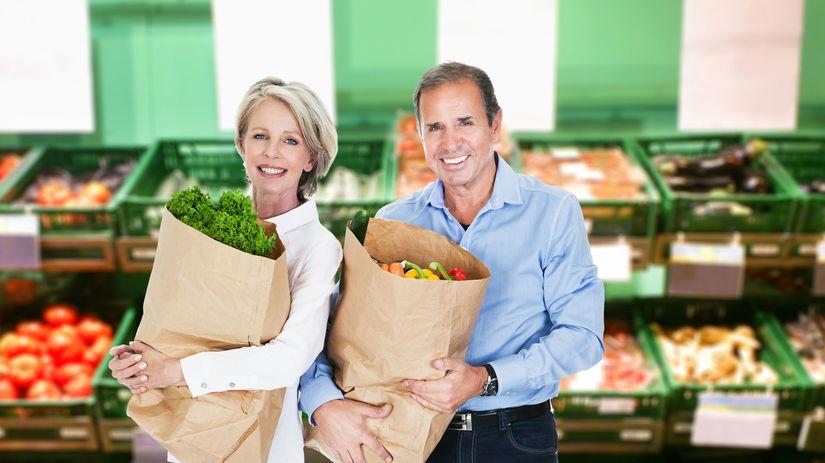 seniori, dôchodvocia, nakupovanie, obchod,...