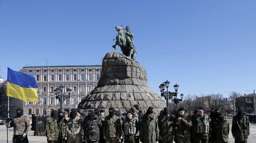 Ukrajina, ukrajinskí vojenskí dobrovoľníci, Kyjev