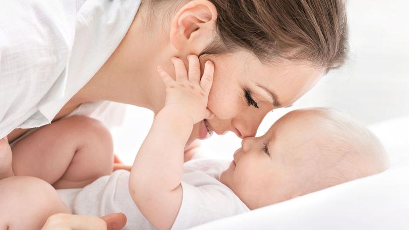 matka, šťastná matka,