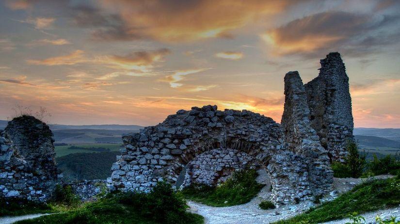 Čachtický hrad, Čachtice, Alžbeta Báthoryová