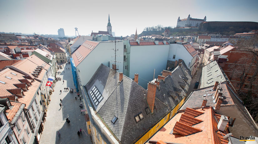 Bratislava, turisti, stare mesto, Bratislavsky...