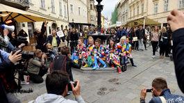 Modelky v kreáciách Lenky Sršňovej na akcii Fashion Marš.