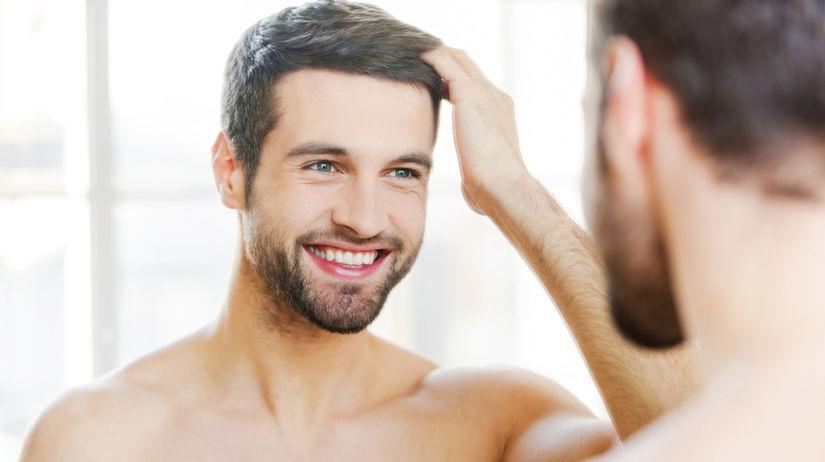 Muži sa častejšie dívajú do zrkadla a dôvodom...