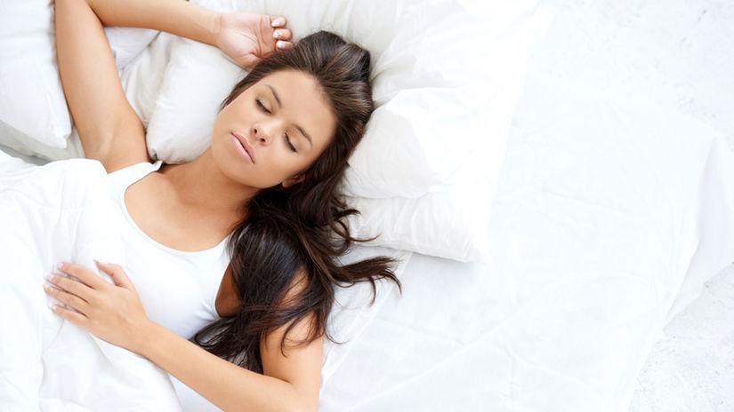 spánok, spiaca žena, spať