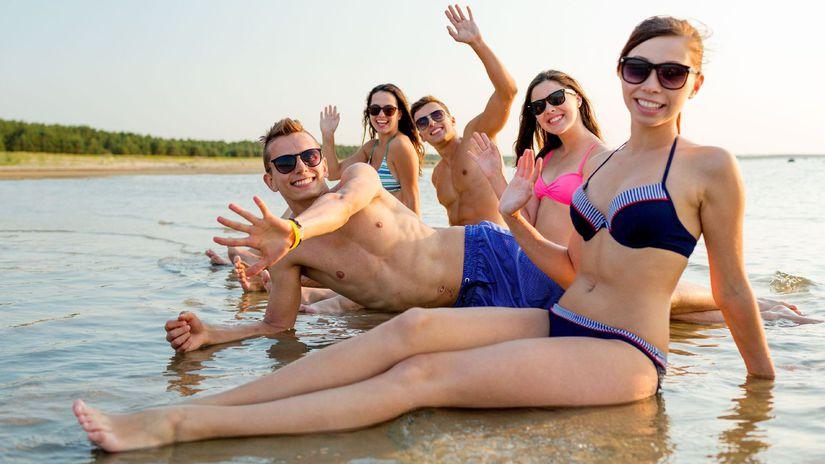 dovolenka, more, mladí ľudia, plavky, smiech,...