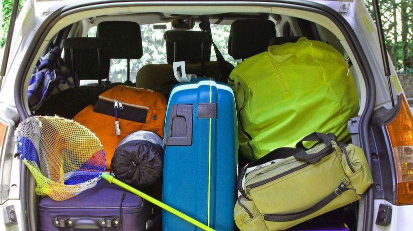 auto, taškym kufre, batožina, pobalení,...