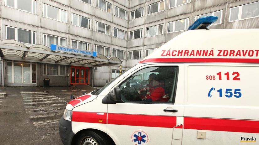 sanitka, záchranka, pacient, nehoda