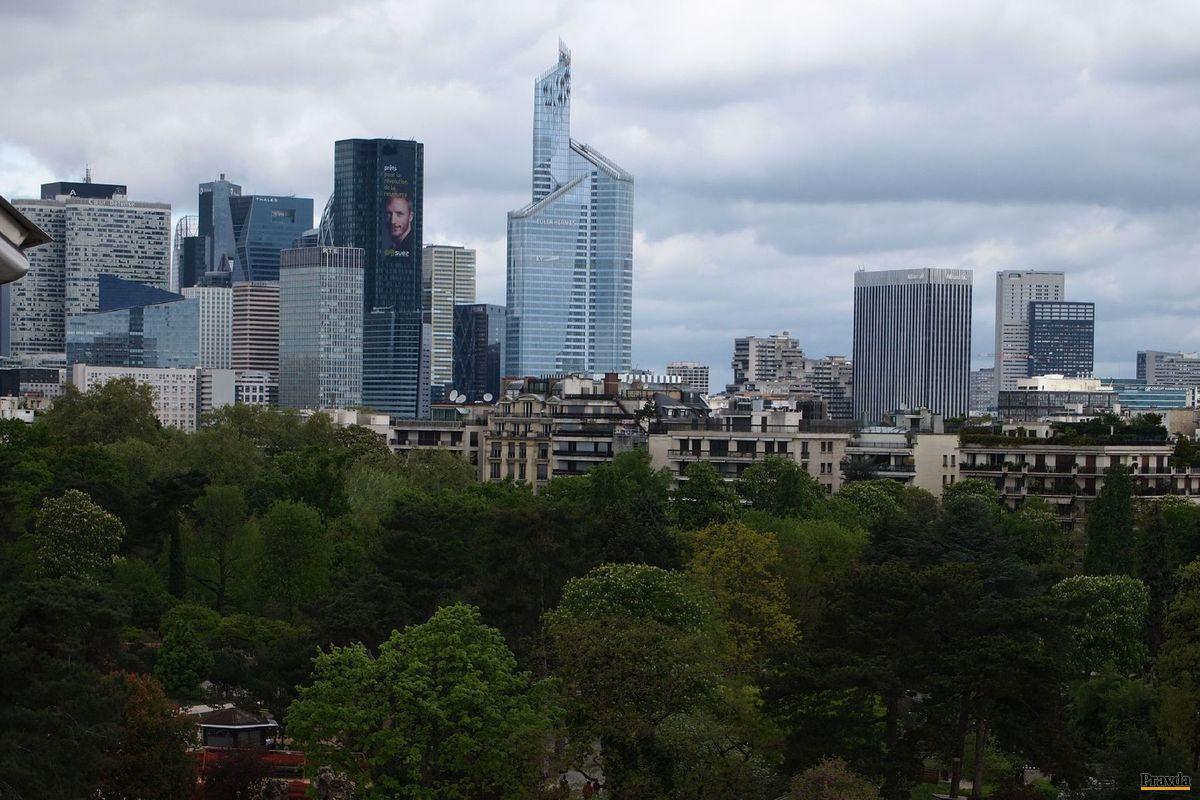 Parížska plachetnica, Frank Gehry, Paríž, Luis Vuitton,