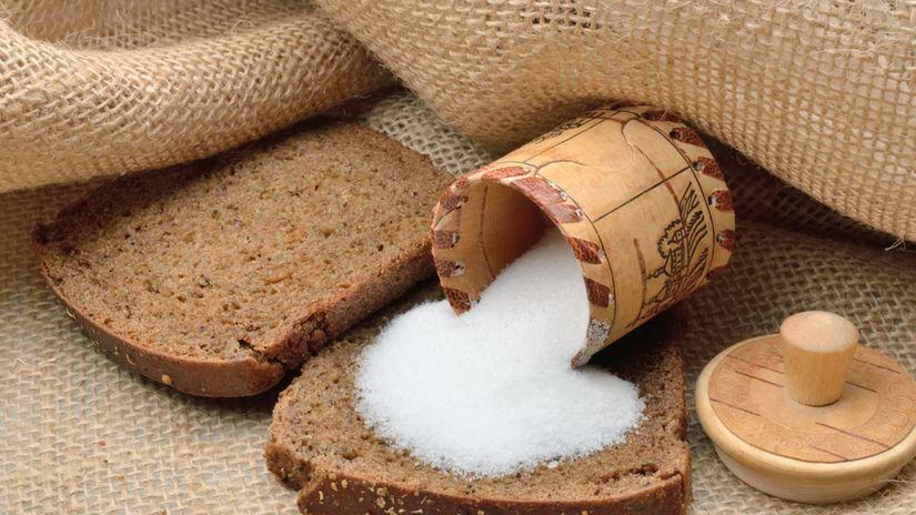 soľ, chlieb