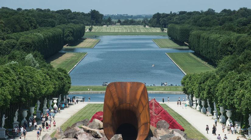 Versailles, Obscénny kútik, Anish Kapoor,...