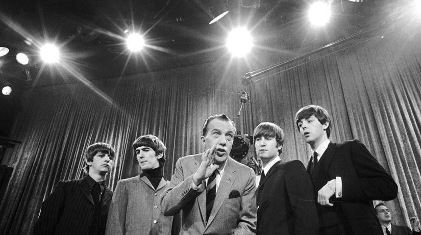 Skupina The Beatles zľava Ringo Starr, George...