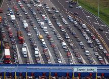 Doprava v Chorvátsku kolabovala, cesty blokovali kolóny a nehody