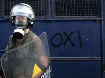 Mladí migranti ničili ubytovňu v Grécku, nechutilo im jedlo a nefungoval internet