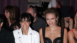 Herečka Michelle Rodriguez (vľavo) a ruská topmodelka Natasha Poly.