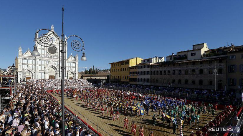 Taliansko, Florencia, Sanra Croce námestie