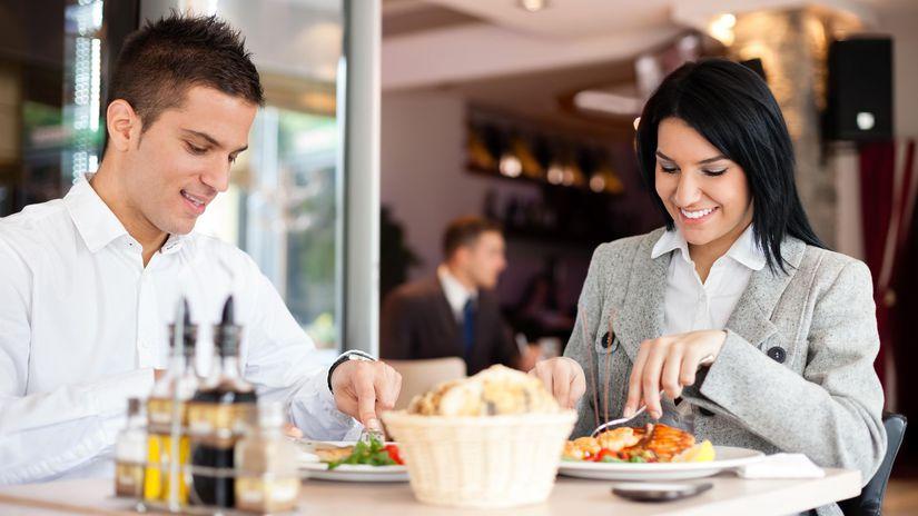 jedlo, večera, obed, stolovanie, reštaurácia