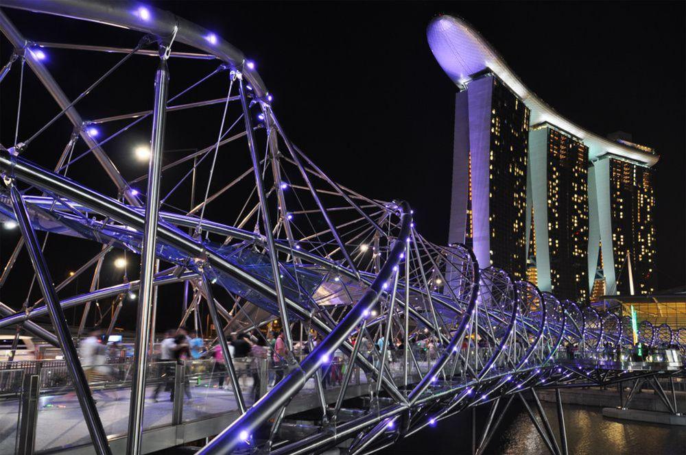 Most Helix, Singapur, mesto, noc, svetlá, tma, nočný život
