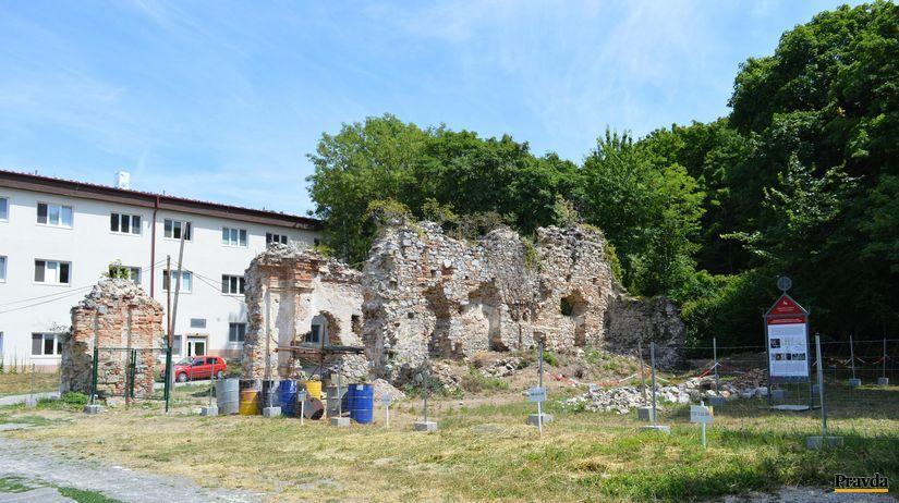 kláštor, Zobor, ruiny, kamalduli