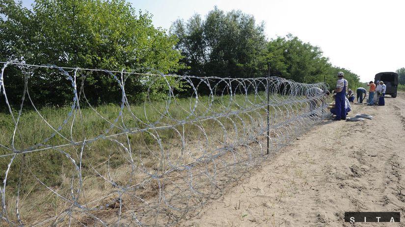 Maďarsko, plot, výstavba, utečenci, migranti