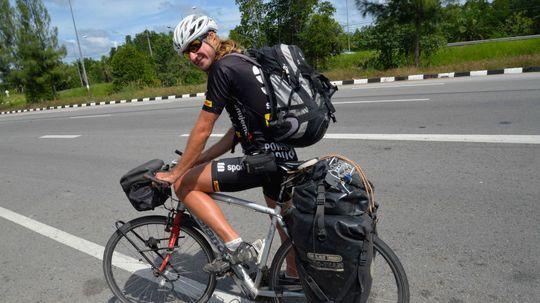 48d077b815b23 Dobrodruh na bicykli. Karol Voltemár cestuje okolo sveta - Fenomén - Žurnál  - Pravda.sk