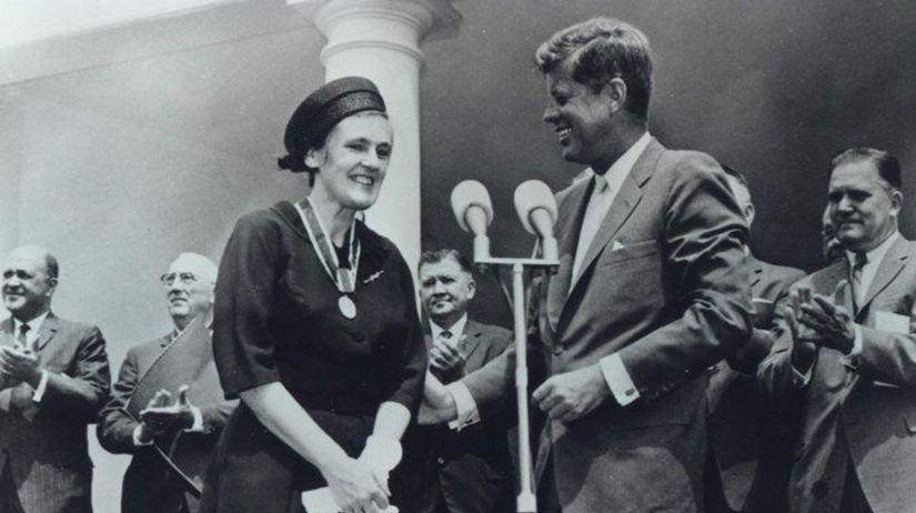 Frances Kelseyová, Kennedy