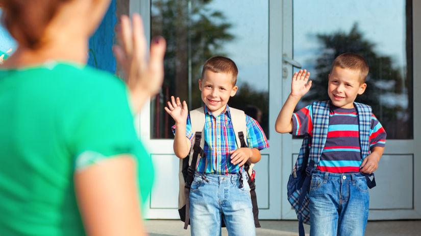 deti, škola, cesta do školy, odprevádzanie, prvák